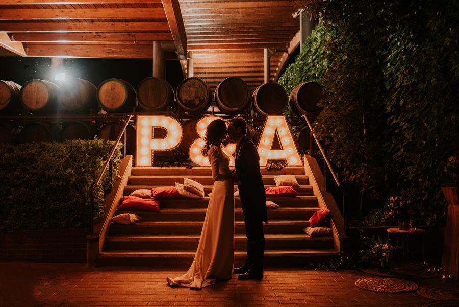 Lorena Carnero su camara y objetivos para fotos de boda